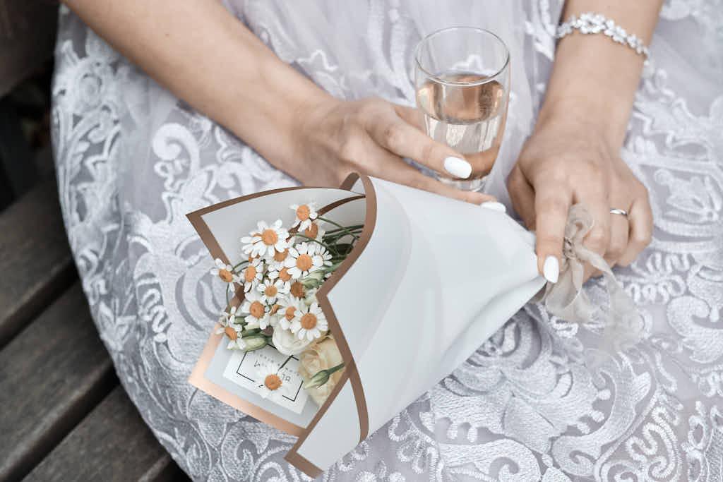 Hochzeitsfotografen in Hamburg und in der Nähe von Hamburg buchen Braut und Bräutigam bei Ela & Chris Nienstedten
